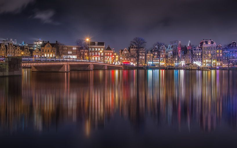 Amsterdam by night van Michiel Buijse