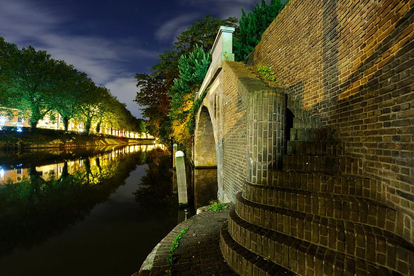 Catharijnesingel en Bijlhouwersbrug in Utrecht  van Donker Utrecht