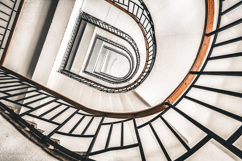 Treppenhaus Retro von Perry Wiertz