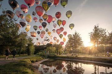 Een avondje ballonnen kijken, gevat in 1 foto van Wesley Heyne