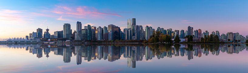 Vancouver Skyline van Remco Piet