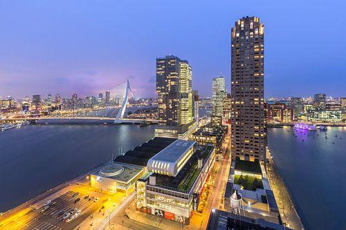 Kop van Zuid vanuit Montevideo van Prachtig Rotterdam
