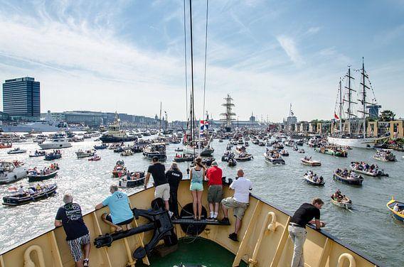 Sail Amsterdam 2015 gezien vanaf de Elbe van Maurice Verschuur