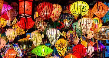 Farbe und Licht. Laternen in Hoi An, Vietnam von Rietje Bulthuis