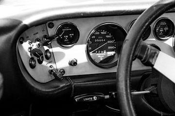 Armaturenbrett eines Sportwagens Ferrari 308 GT4 Dino aus den 1970er Jahren von Sjoerd van der Wal
