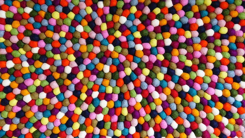 Multicolored Felt Balls van Harry Hadders