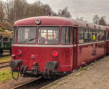 De Railbus van de Miljoenenlijn in Simpelveld van John Kreukniet