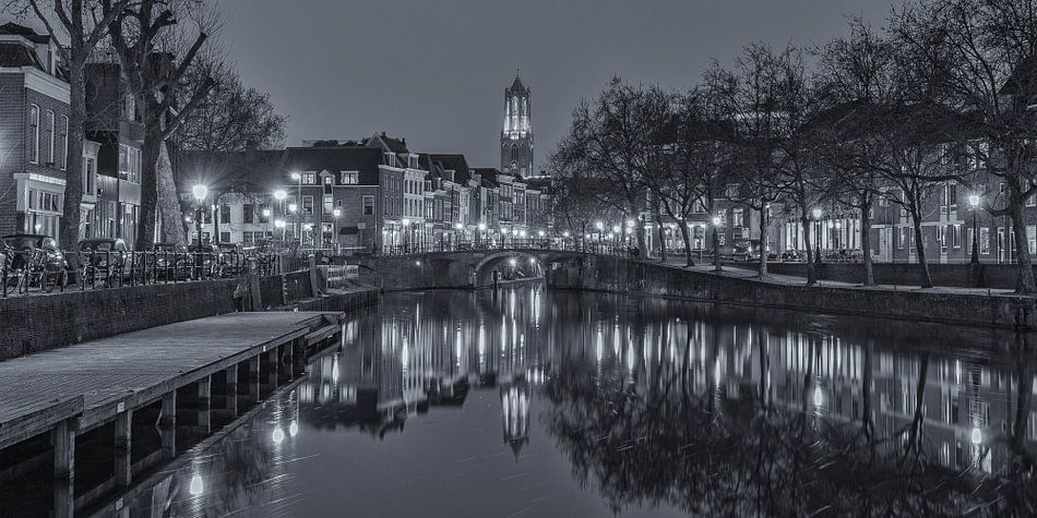 Utrecht by Night - Oudegracht, Zandbrug en Domtoren (ZW)