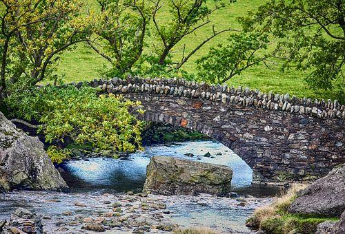 Stenen brug in Lake District van Franke de Jong
