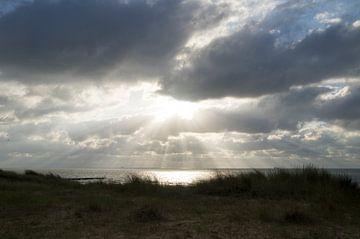 Achter de wolken schijnt de zon van Ramona Brugman
