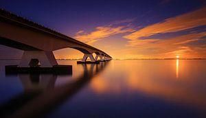 Maansopgang aan de Zeelandbrug.