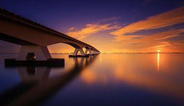 Maansopgang aan de Zeelandbrug. van