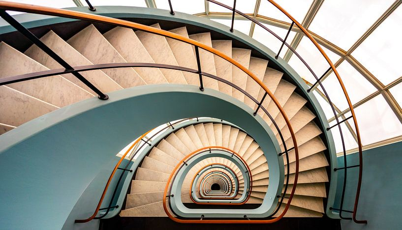 Spiral staircase van Photo Wall Decoration