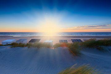 sfeervolle zonsondergang in de Noordzee  van