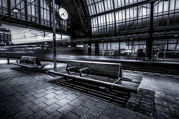 Hauptbahnhof Amsterdam von Niels Barto