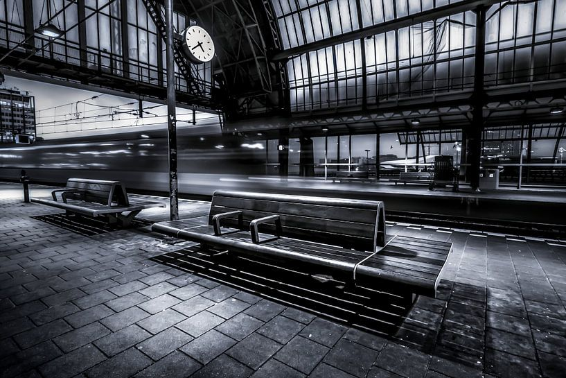Amsterdam Centraal Station van Niels Barto