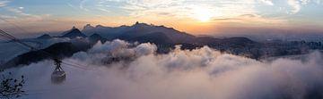 Rio in de wolken II van Merijn Geurts