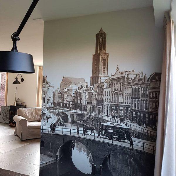 Klantfoto: Oude Gracht en Bakkerbrug, Utrecht van Vintage Afbeeldingen, op naadloos behang