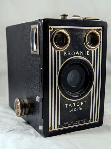 Brownie Target six-16 van