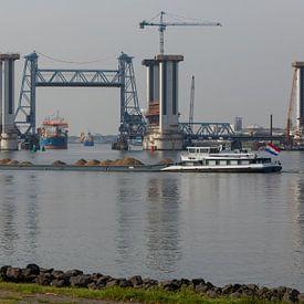 Scheepvaart op Oudemaas von Guido Akster