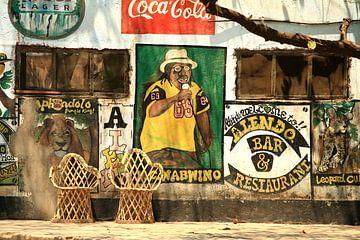 Collagekunst Wandmalerei Café Sambia von Bobsphotography