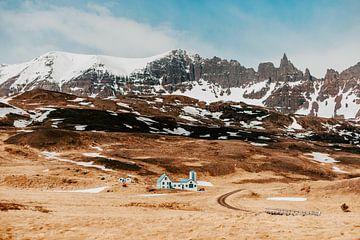 Das Blaue Haus von Island von Jordy Brada