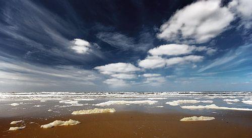 Clouds Everywhere von -Léon -