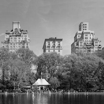 Conservatory Water in Central Park, New York van Ton van Buuren