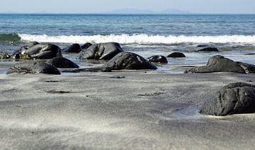 Talisker Beach ligt bij het dorp Carbost op het Isle of Skye van Babetts Bildergalerie