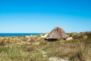 Strandhütte an der Ostseeküste in Wustrow auf dem Fischland-Darß von Rico Ködder