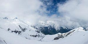 Besneeuwd berglandschap van het Großglockner massief, Hohe Tauern, Oostenrijk