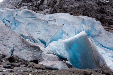 Gletsjer in Noorwegen van Kees van Dun