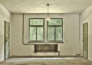Urban empty old room van