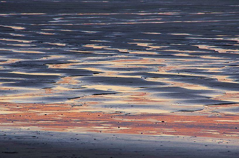 Zonsondergang strand Houlgate Normandie Opaalkust van Watze D. de Haan