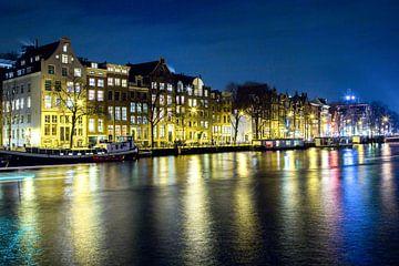 Amsterdamse grachten bij nacht van Ineke Huizing