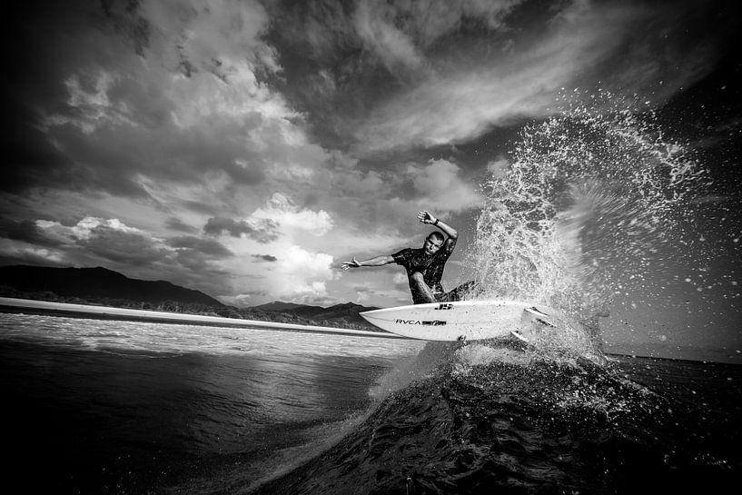 Surfen sumbawa 2 van Andy Troy