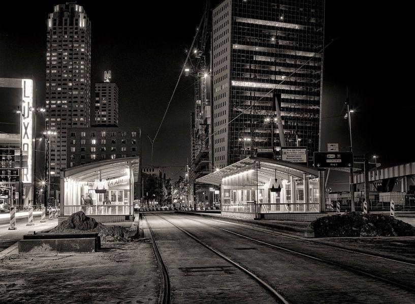 Wilhelminaplein bij nacht van Vincent van Kooten