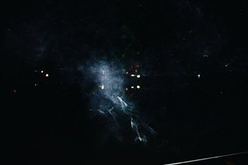 Smoke Galaxy van Carmen van Dijken
