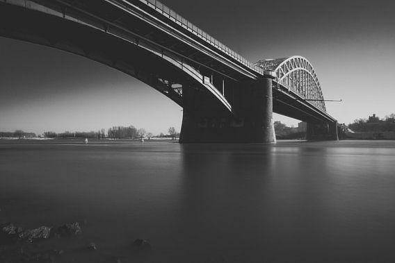 Waalbrug Nijmegen van Martijn van den Enk