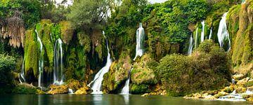 Kravica watervallen van Hans Vellekoop