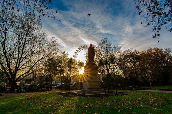 Londen Eye uitzicht vanuit park