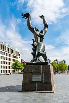Denkmal Die zerstörte Stadt in Rotterdam von Wim Stolwerk