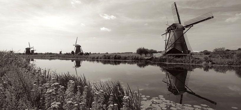 Windmills at Kinderdijk van Jeroen Keijzer