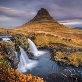 Kirkjufell watervallen van Martijn Kort