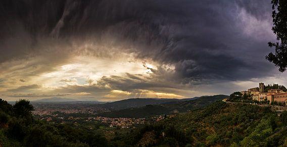 Donker Toscane van Dennis van de Water