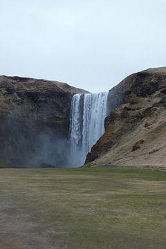 Skogafoss, IJsland van Jurrina Smit-Brink