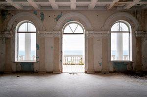 Verlassener Balkon beim Schwarzen Meer.