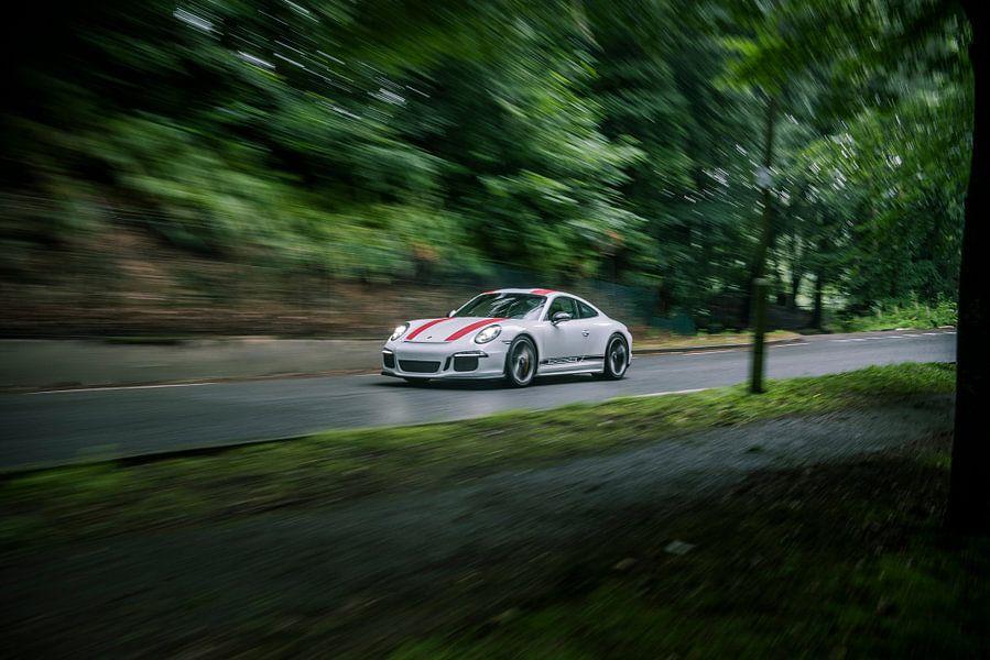 Porsche 911 R op snelheid
