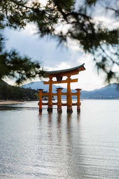 Itsukushima-schrijn van Schram Fotografie