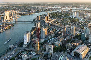 Luchtfoto centrum Rotterdam, Skyline en Martkhal van Prachtig Rotterdam